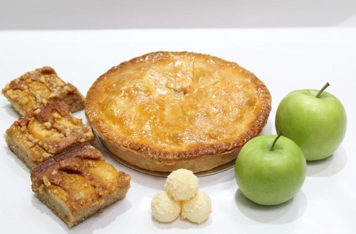 リンゴを使った<br>お菓子作り<br><br>